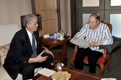 Abdelalziz Bouteflika reçoit le Premier ministre